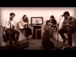 Angus & Julia Stone - Big Jet Plane  Live acoustique